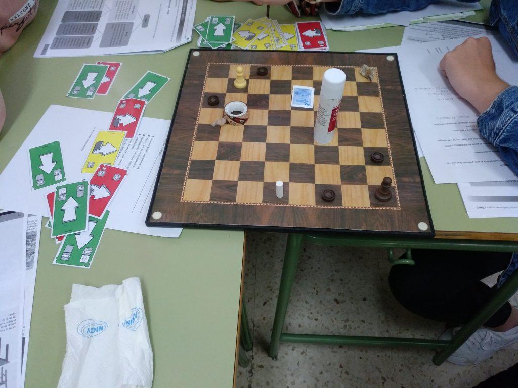 Complicando el juego con más obstáculos y metas